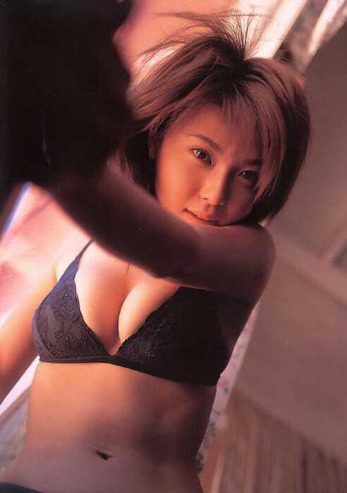 aki_kawamura_5.jpg