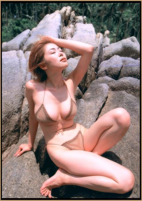 atsuko_okamoto1.jpg