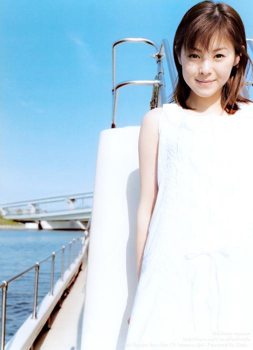 aya_matsuura196.jpg
