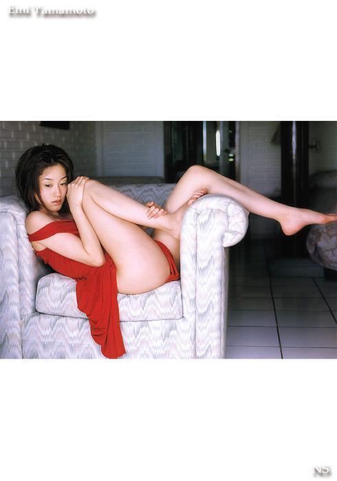 emi_yamamoto_11.jpg