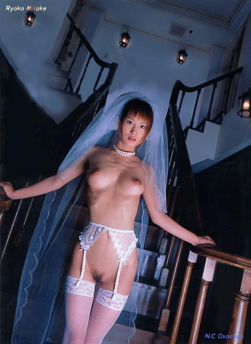 ryoko_mitake_4.jpg